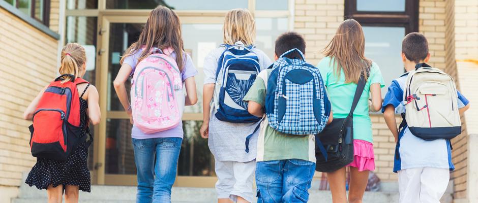 Ağır okul çantaları çocuklarda bel ve omurga hastalıkları riski doğuruyor