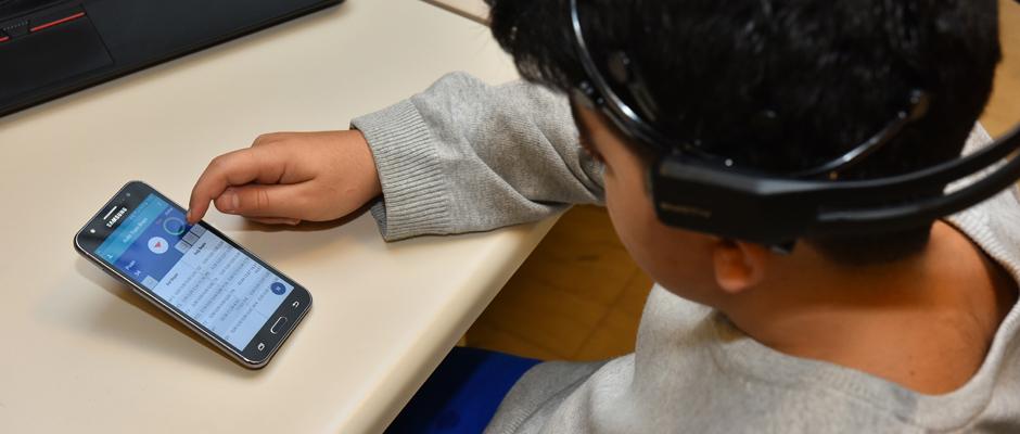 Disleksik çocukların eğitimini destekleyen mobil uygulama