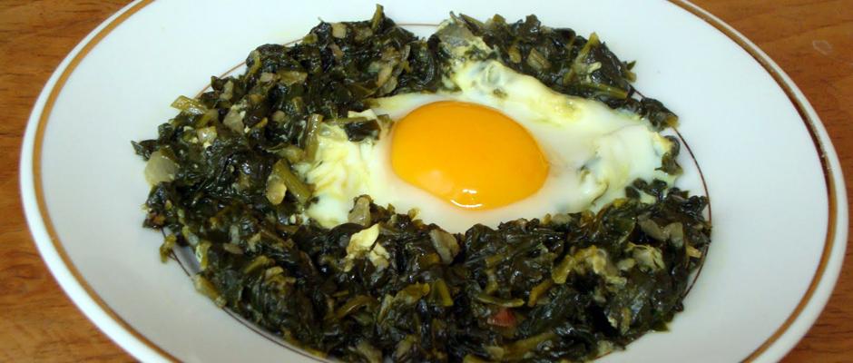 Ispanağı yoğurtla değil, yumurtalı yiyin; yumurtayı domatesle, köfteyi yeşil salata ile tüketin