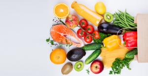 Sağlıkla parlayan ve görme yetisi güçlü gözler için gerekli besinler