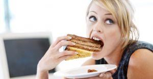 Hızlı yemek yeme alışkanlığınızla vedalaşın!